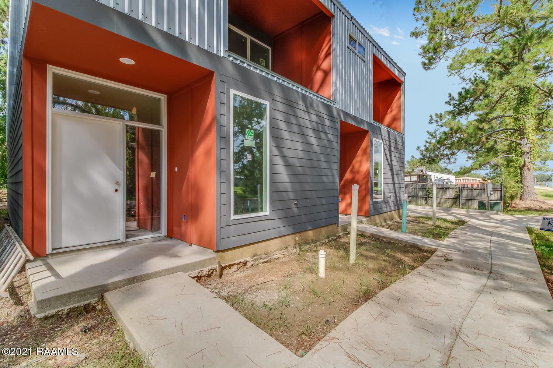 128 Greentree Drive, Lafayette, LA 70508 Photo #2