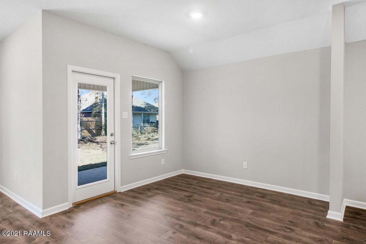 105 Red Pine Drive, Lafayette, LA 70501 Photo #7