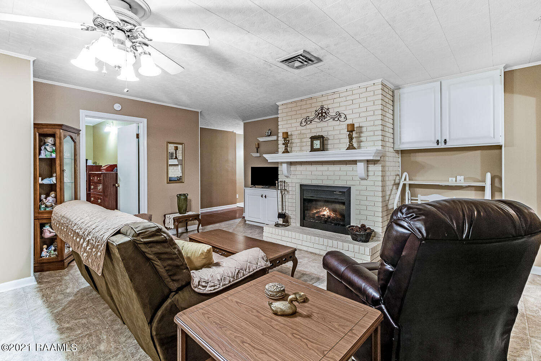 190 Country Ridge Road, Opelousas, LA 70570 Photo #9