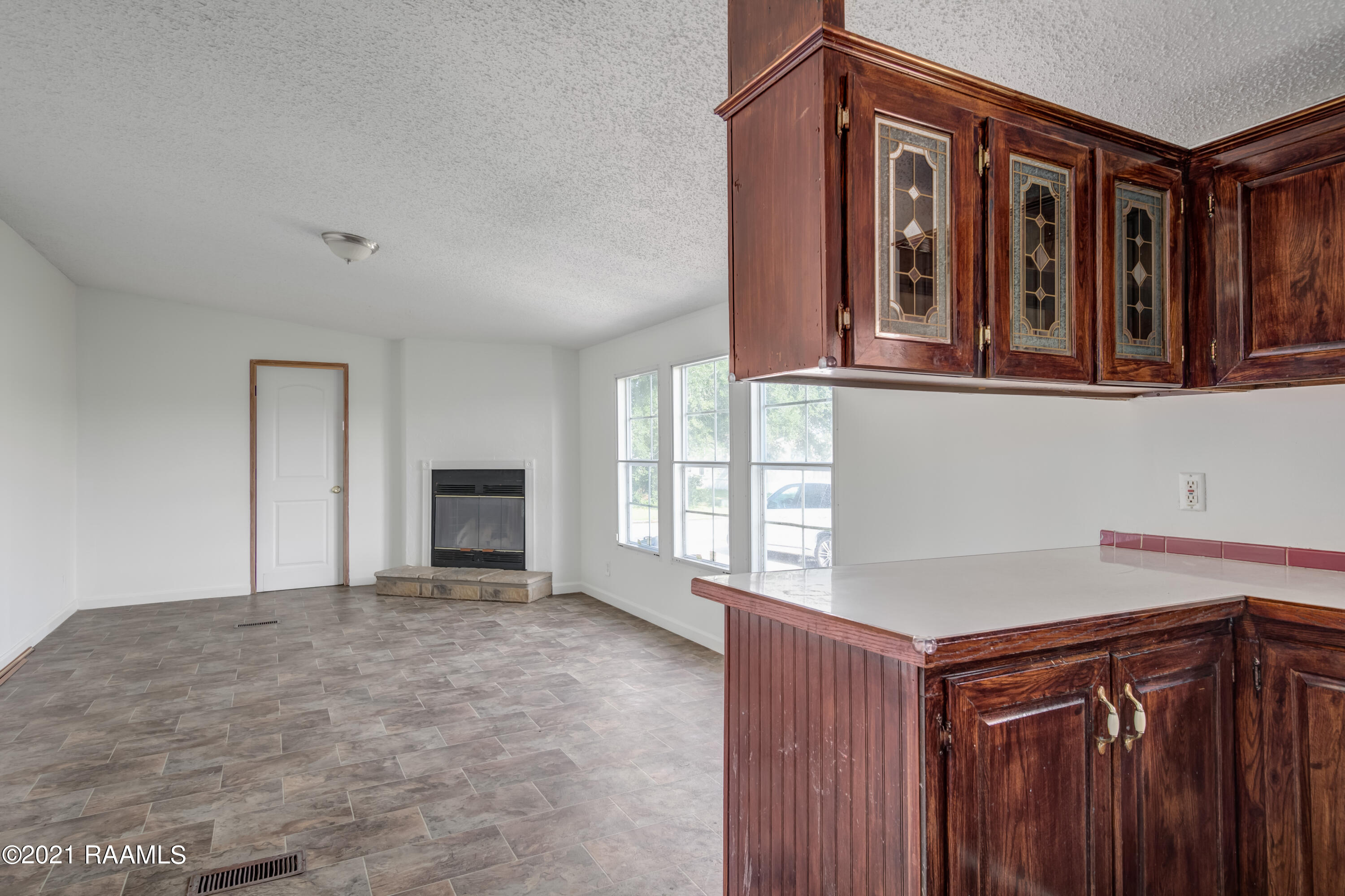 104 Windsong Drive, Youngsville, LA 70592 Photo #10
