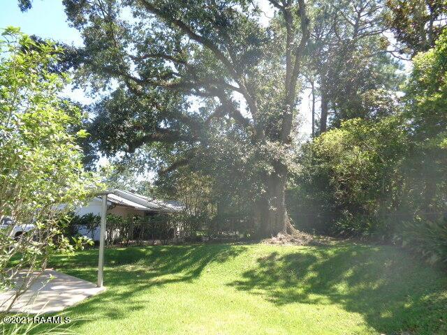 211 Edgewater Drive, New Iberia, LA 70563 Photo #17