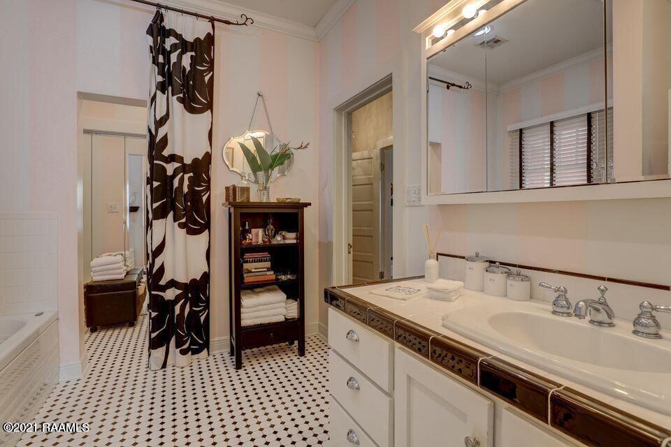 1015 Lee Avenue, Lafayette, LA 70501 Photo #12