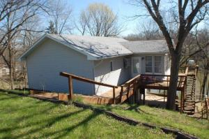 2227 Private Road 1336, Moberly, MO 65270