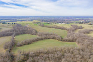 2441 County Road 2030, Clifton Hill, MO 65244