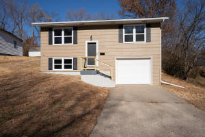 1101 Franklin St., Moberly, MO 65270