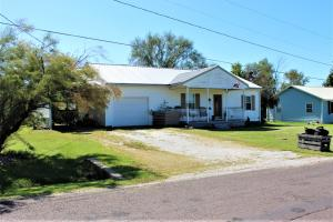 105 W Minnesota St., Salisbury, MO 65281