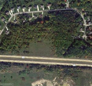 Winding Way, Kalamazoo, MI 49006