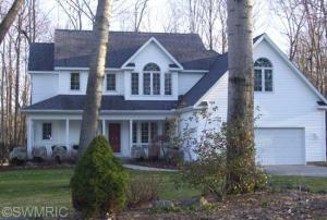 23297 Maple Hill Drive, Big Rapids, MI 49307