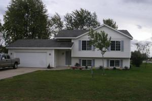 9586 North Wind Drive, Zeeland, MI 49464