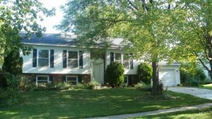 2835 Meadowbrook Drive SE, Grand Rapids, MI 49546