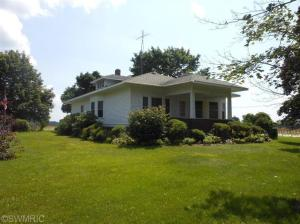 7195 River Road, Sodus, MI 49126