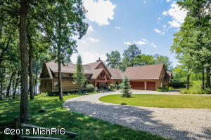 56 Washington Lake Trail, Brooklyn, MI 49230