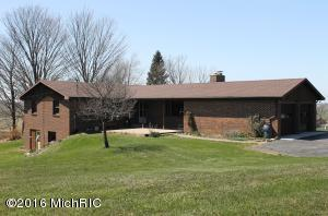 8297 Hollywood Road, Berrien Springs, MI 49103