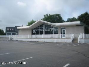 390 W Carleton Road, Hillsdale, MI 49242