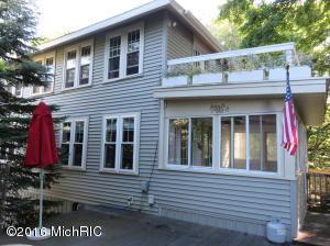36 Edwards Avenue, Grand Haven, MI 49417