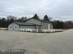 5340 Holton Road, Twin Lake, MI 49457