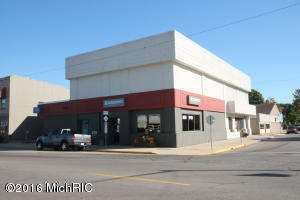 104 N Main Street, Lawton, MI 49065