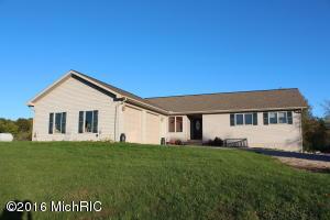 3847 SW County Line Road, Remus, MI 49340