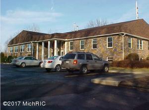 2620 S Cleveland Avenue, St. Joseph, MI 49085