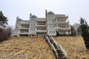 752 Spyglass Hill 35, Holland, MI 49424
