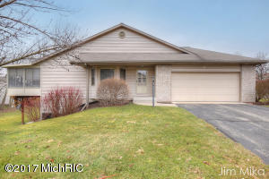 2548 Falcon Woods Drive 53, Walker, MI 49534