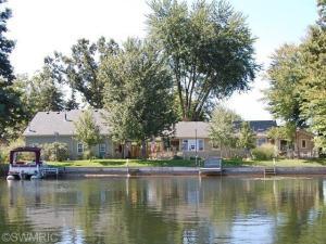 7848 Bay Meadow, Canadian Lakes, MI 49346