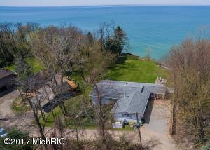 860 Lake Michigan Drive, South Haven, MI 49090