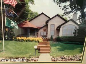 3244 Elmwood Beach, Middleville, MI 49333