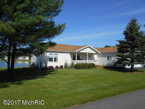 7815 Schooner Lane, Canadian Lakes, MI 49346