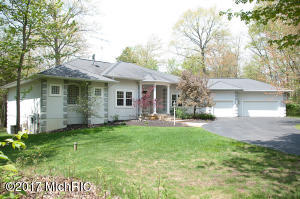 7807 Jefferson Avenue, 15-16, Canadian Lakes, MI 49346