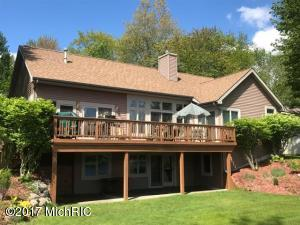 9297 Elmwood Court, Canadian Lakes, MI 49346