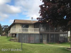 7182 Holiday Drive, Canadian Lakes, MI 49346