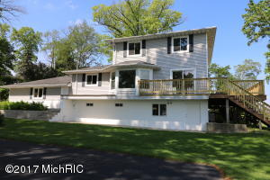 31126 Curran Beach Road, Dowagiac, MI 49047