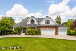 3003 Royal Hannah Drive, Rockford, MI 49341
