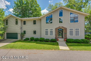 11197 Point Road, Three Rivers, MI 49093