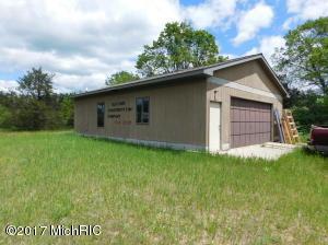 3660 E Towerline Lake Road, Harrison, MI 48625
