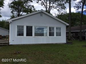 7163 E Houghton Lake Drive, Houghton Lake, MI 48629
