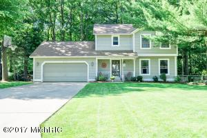 15304 Arborwood Drive, Grand Haven, MI 49417