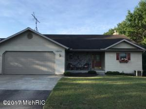 10421 Valley Court, Canadian Lakes, MI 49346