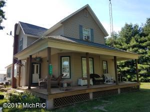 1346 N Crystal, Benton Harbor, MI 49022