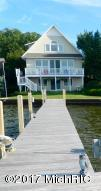 1863 South Shore Dr, Holland, MI 49423