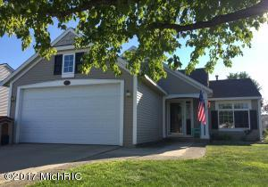 5771 Hickory Hill Court, Kentwood, MI 49512