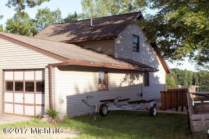 3561 Holiday Drive, Greenville, MI 48838