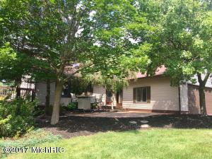 3401 Segwun Avenue, Lowell, MI 49331