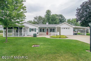 8123 Woodruff, Newaygo, MI 49337
