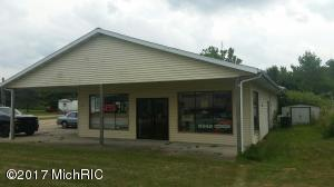 7174 Red Arrow Highway, Watervliet, MI 49098