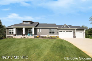 40 Calob Court, Lowell, MI 49331