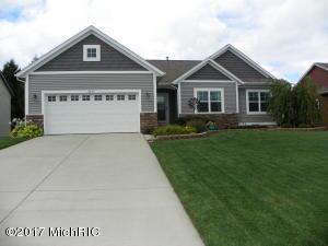 5451 Mills Ridge Drive, Wyoming, MI 49418