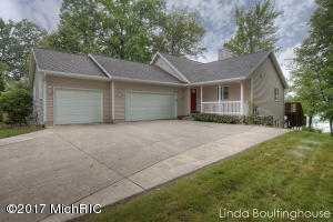 12595 Blue Lake Point, Sand Lake, MI 49343