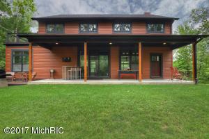 4663 Plateau View Drive, Grand Rapids, MI 49525